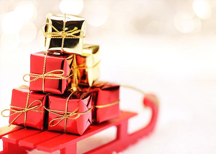 Regali Di Natale The.Abbigliamento E Regali Di Natale Come Riciclare Quelli Piu Brutti