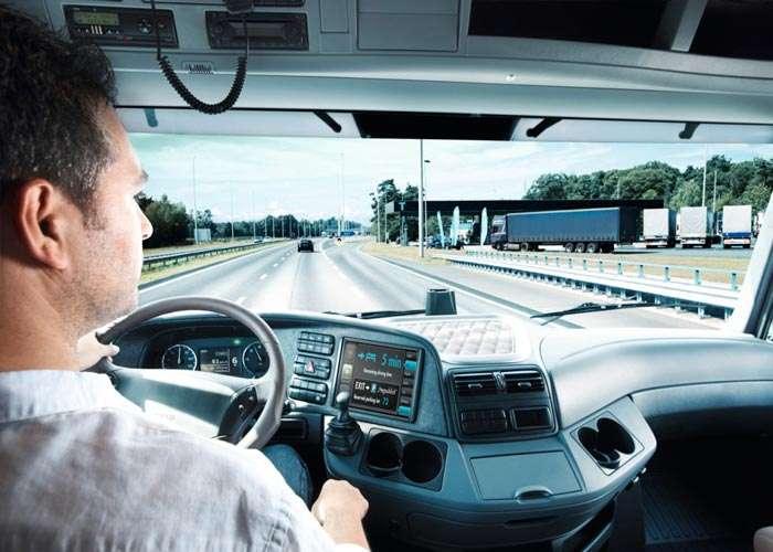 Vantaggi nel noleggiare un minibus con conducente